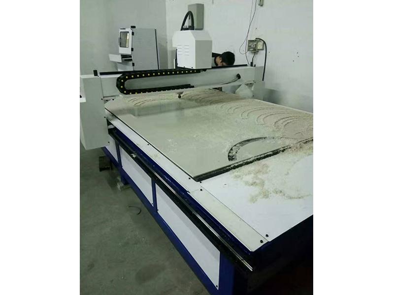 江苏雕刻机|浩顺机械批发塑料板雕刻机