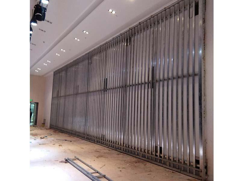 宁夏LED钢结构生产|兰州供应质量好的不锈钢大门