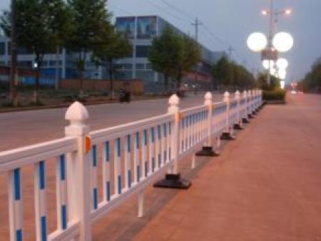 开封护栏 昌隆护栏实惠的新乡工程护栏供应