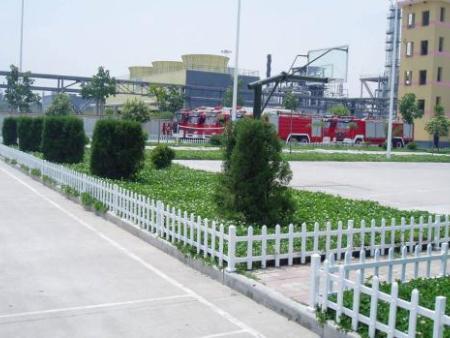 郑州护栏厂家怎么选择,它的功能怎么样?