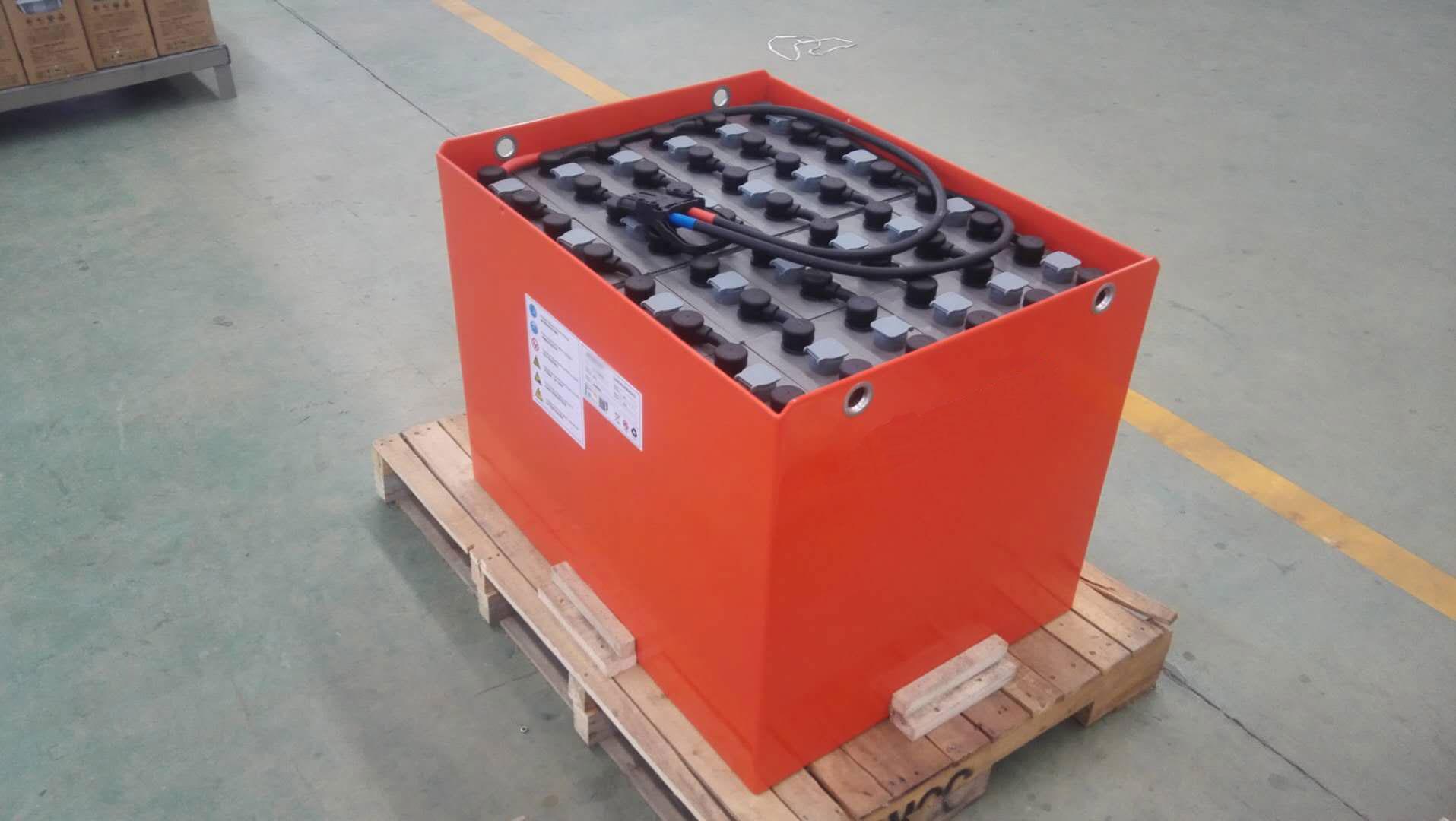 小洋电动叉车电池为什么能用五年