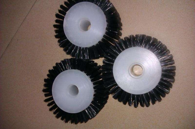 山東毛刷輪|選購價格公道的毛刷輪就選遠建毛刷