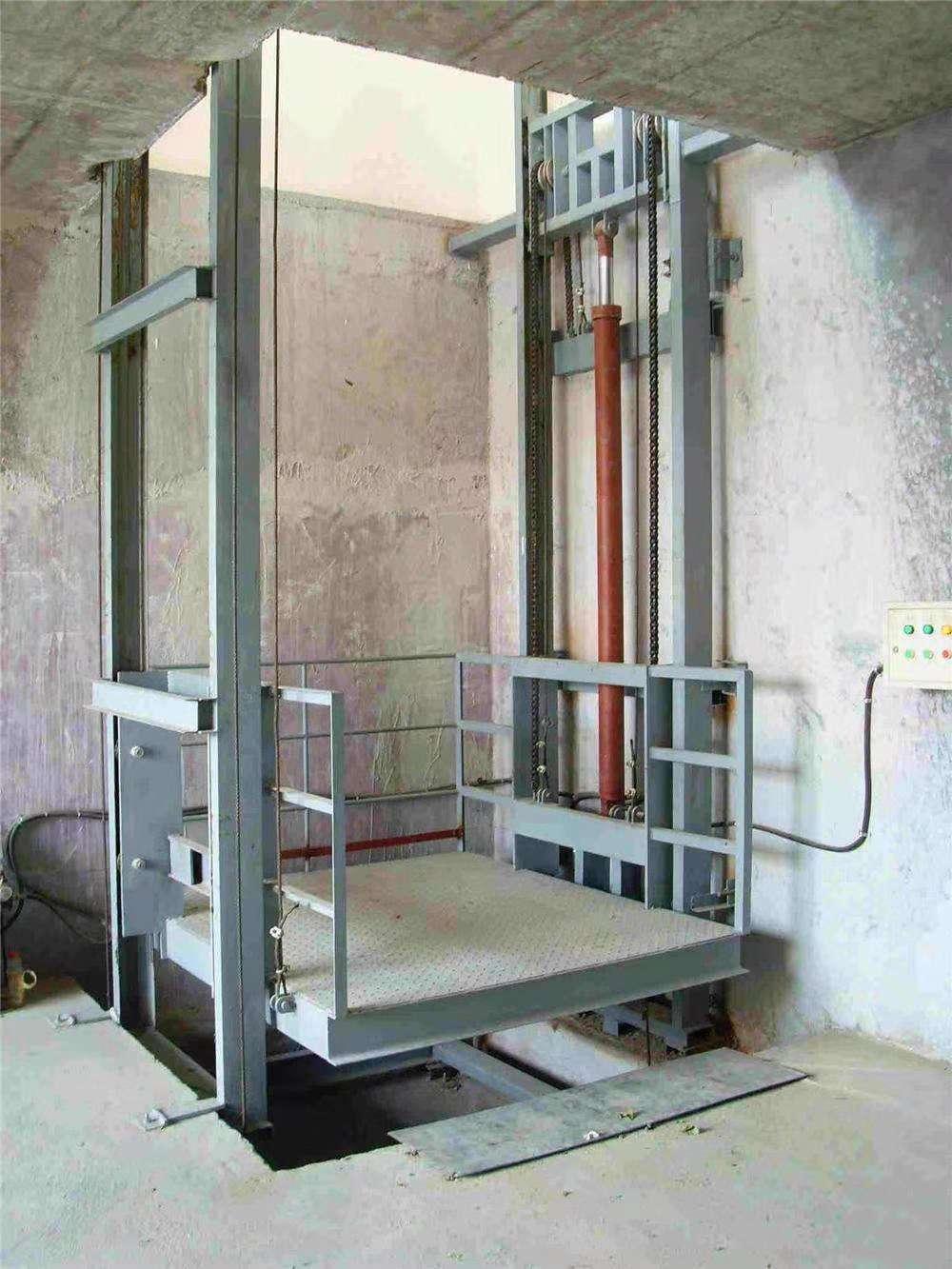 新疆轨道式升降货梯-新疆信誉好的工厂轨道式升降货梯厂商