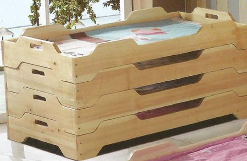 铜川幼儿园实木家具厂家|买品质好的西安幼儿园桌椅优选陕西佰利隆工贸