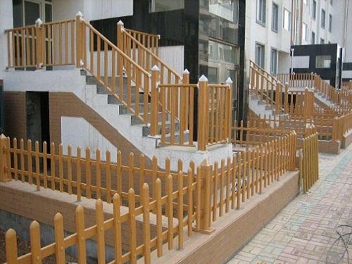 鞍山PVC护栏厂家-口碑好的pvc护栏就在沈阳杰欣景观绿化工程