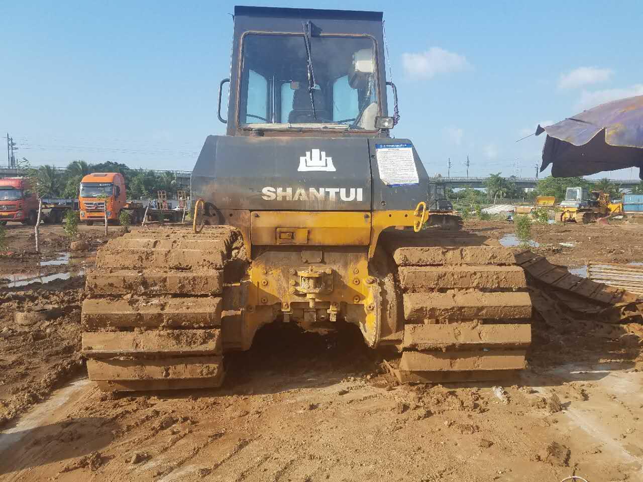 安全的推土机租赁-海南哪里有提供口碑好的推土机租赁