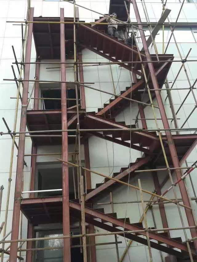 市北钢结构楼梯_大量出售山东好的钢结构楼梯