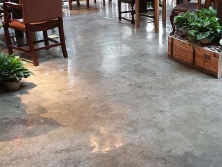 锦州复古地坪漆专业供应  丹东水泥自流平施工