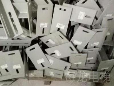 日立电梯支架订做-质量好的日立导轨支架在哪有卖