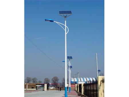 临夏6米30W太阳能路灯_甘肃兰州太阳能路灯价格