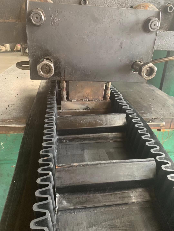 波状环形挡边带厂家供应-品质好的环形挡边皮带厂家批发