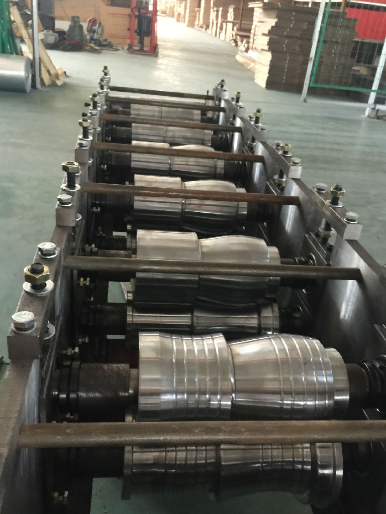 溫州光伏支架冷彎成型機生產 麗水高性價冷彎成型機出售