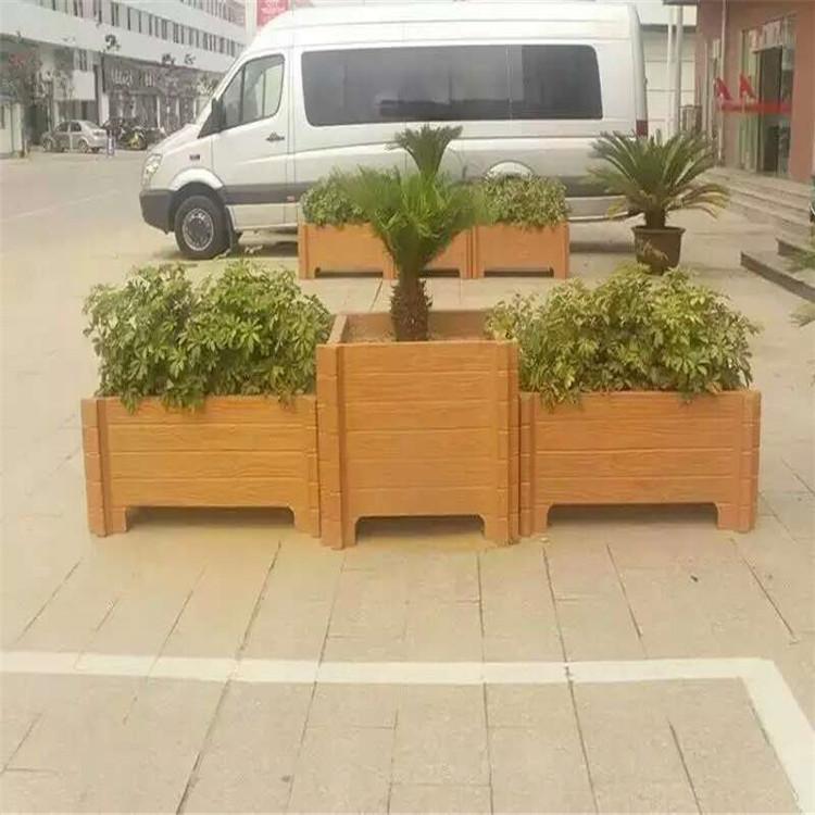 專業建造花箱-黃岡哪有供應劃算的仿木花箱