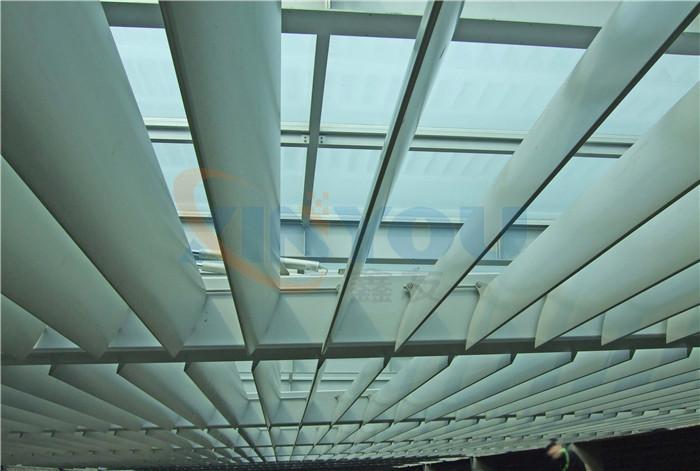 專業供應各種梭型遮陽通風百葉戶外遮陽梭形百葉窗