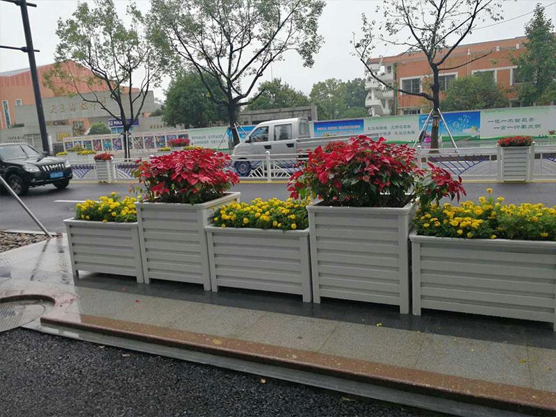 重庆道路隔离花箱-口碑好的花箱护栏九江哪里有