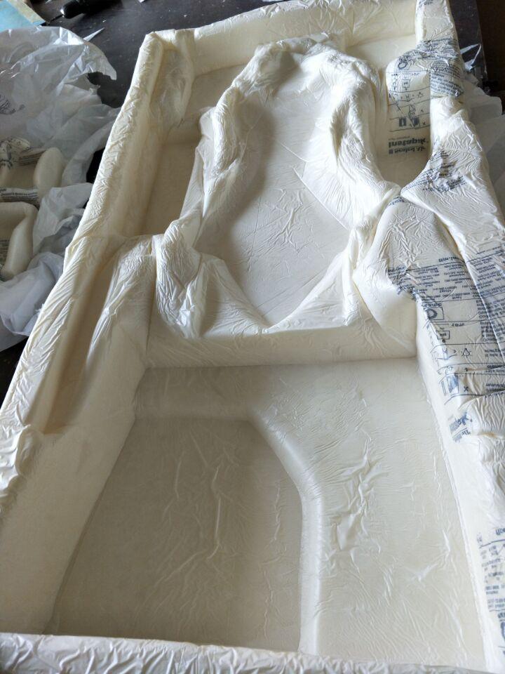 包装发泡填充剂|上海市哪里买合格的包装精密仪器易碎品专用环保聚氨酯黑白料