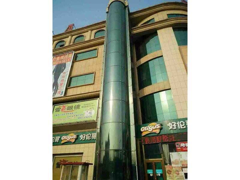 大樓玻璃貼膜施工|至善建筑供應安全的觀光電梯玻璃貼膜