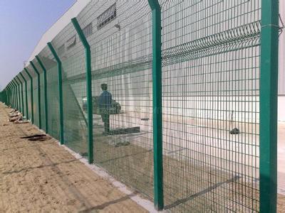 庫爾勒公路防護網-口碑好的新疆防護網火熱供應中