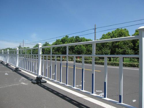 市政道路护栏市政道路护栏厂家河南市政道路护栏
