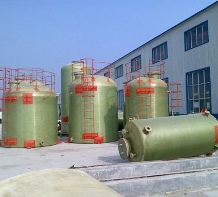 库尔勒玻璃钢卧式储罐-出售新疆玻璃钢储罐