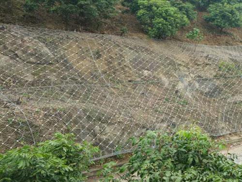 边坡崩塌防护主动网15131856266护坡斜坡柔性主动网