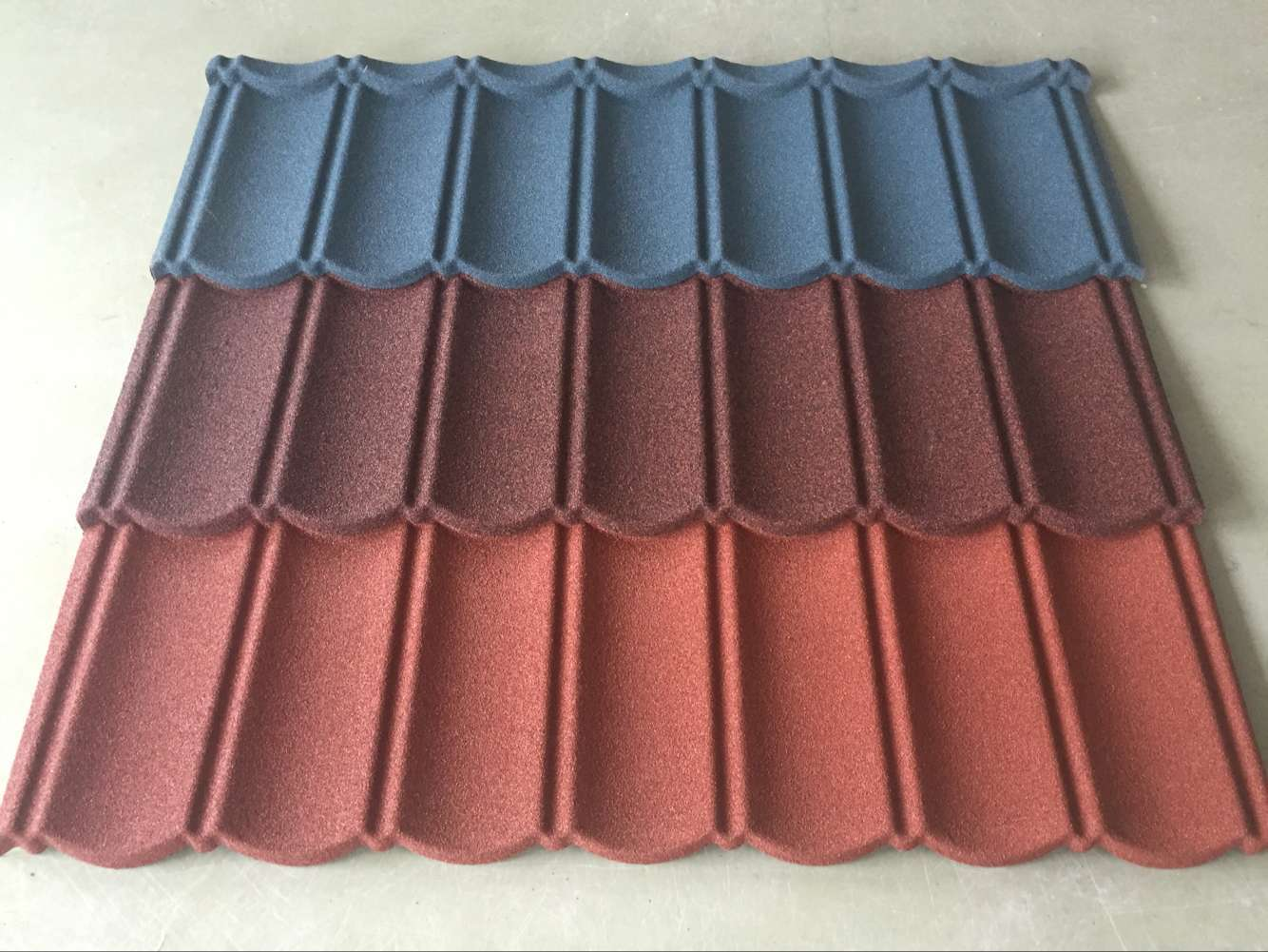 牙克石金屬彩石瓦|買呼倫貝爾金屬彩石瓦就來呼倫貝爾五洲彩鋼