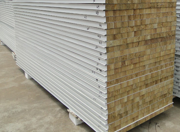 呼伦贝尔泡沫复合板-可靠的彩钢复合板哪里有