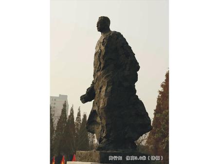 陶行知头像雕塑-沈阳博杰雕塑专业供应陶行知全身像