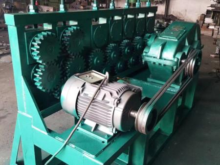圆钢调直机的功能-河北永晨机械厂价格优惠