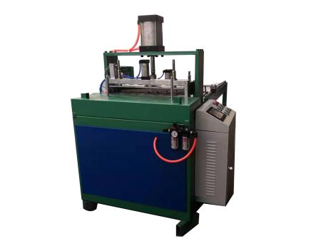 山東數控圓絲網袋裁切機|新亮機械提供品牌好的數控圓絲網袋裁切機