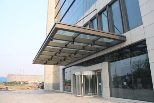 陕西钢结构玻璃雨棚厂商-供应陕西有品质的宝鸡玻璃雨棚