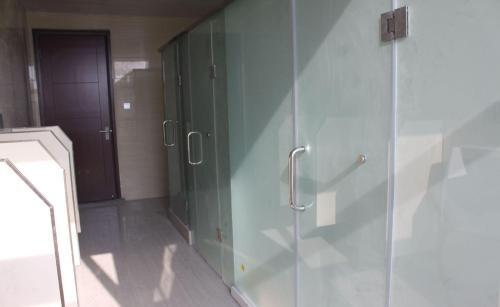 宝鸡玻璃卫生间制造商_陕西品质好的宝鸡玻璃卫生间