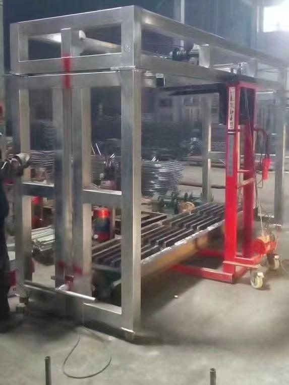 2-3万元机制设备即可生产1.5-3米漏粪板