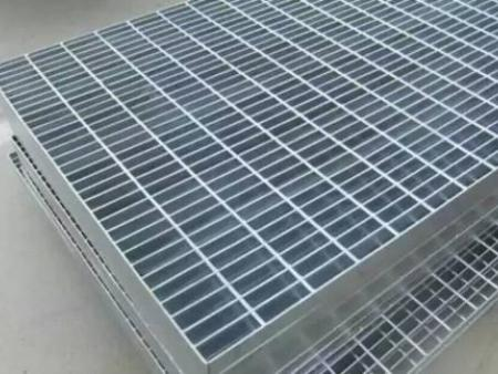 鞍山联运商贸是成产高质量钢格板的批发厂家