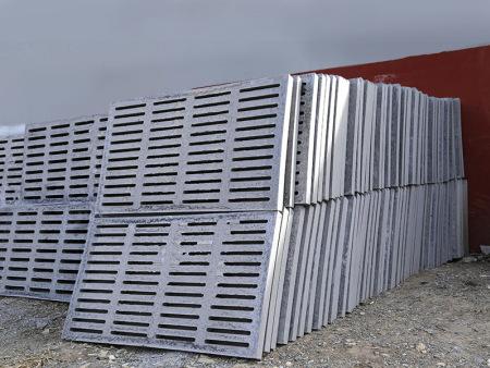 烟台欧式漏缝板-供应山东质量好的欧式漏粪板