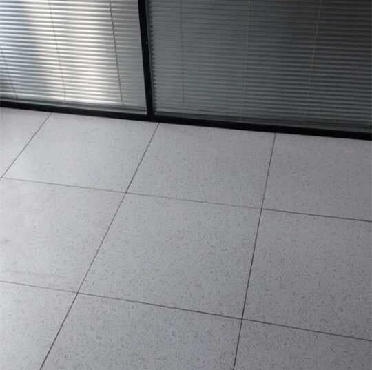 硫酸鈣防靜電地板廠家-買硫酸鈣防靜電地板上哪好