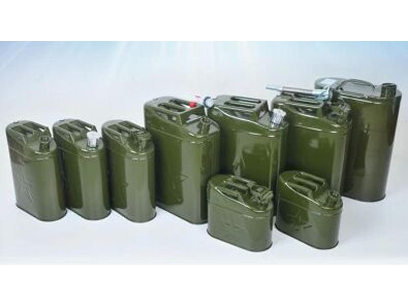 甘肃铁皮★油桶厂家-买好的铁皮油桶当然△是到兰州弘宇液压了