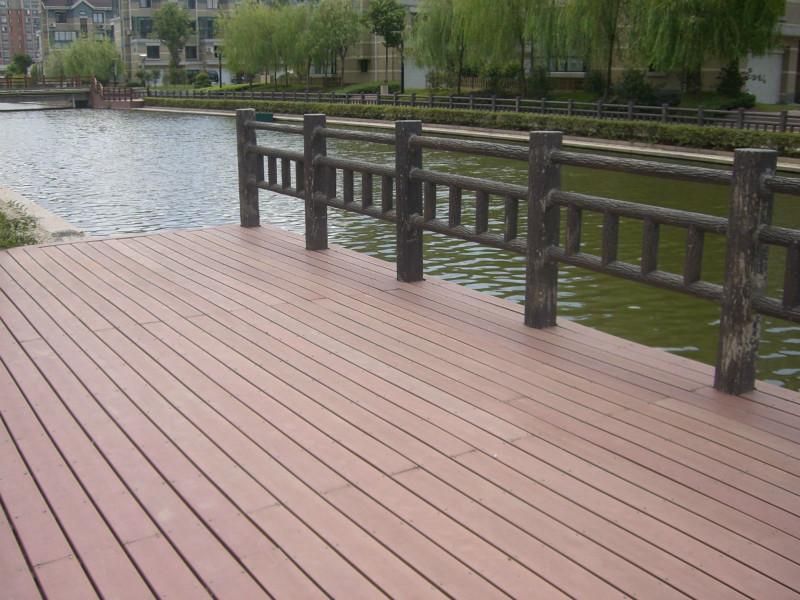 喀什防腐木地板厂家推荐-哪儿有卖具有口碑的新疆防腐木地板