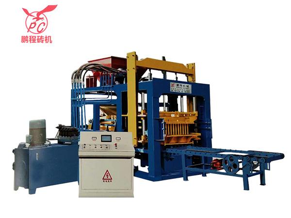 山东空心砖机型号-耐用的免烧砖机鹏程砖机供应