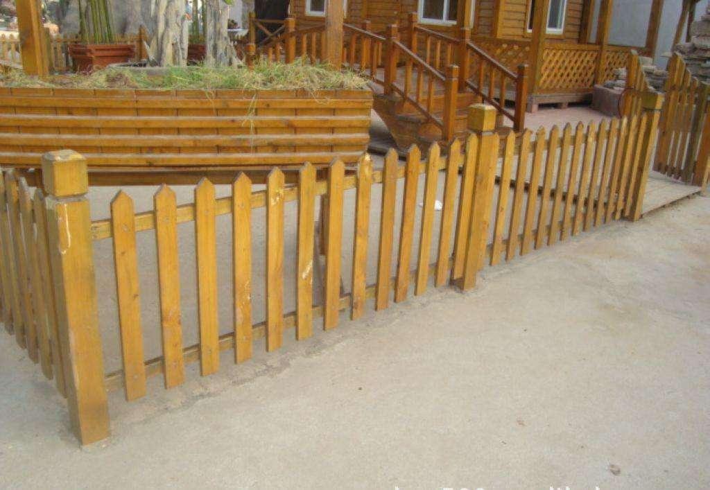 石河子防腐木栅栏厂家-哪里有卖优惠的新疆防腐木栅栏