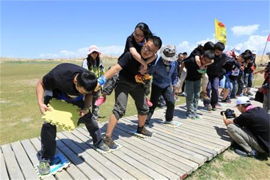越秀广州拓展培训,新起点提供资深的团建拓展训练