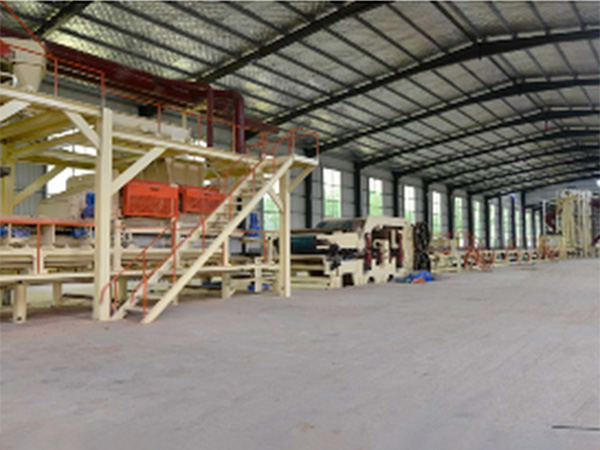 青島定向刨花板流水線價位-臨沂哪里有賣質量硬的OSB定向刨花板生產線