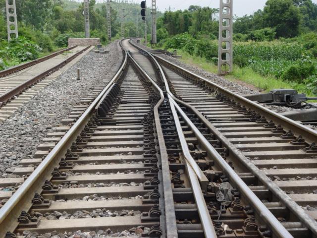 直销铁路道岔找林州市煤矿道岔配件总厂-河南铁路道岔供应商