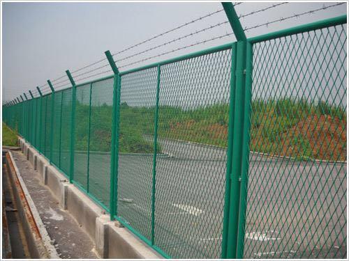 公路护栏网厂家批发-上海公路护栏网可靠厂商
