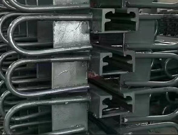 GQF-MZL型伸缩缝