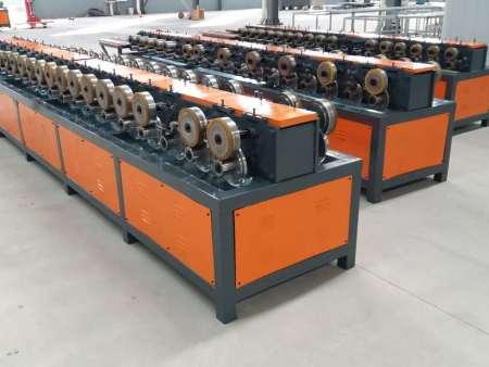 专业的一次成型门扇滚压成型机|一次成型门扇滚压成型机专业生产厂家