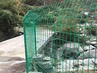 安阳护栏网厂家-启东金属丝网供销双边丝护栏网供应