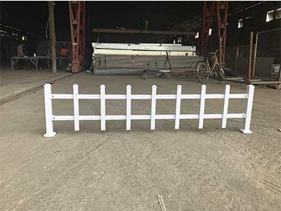 驻马店绿化带护栏价格-在哪里能买到新品草坪护栏