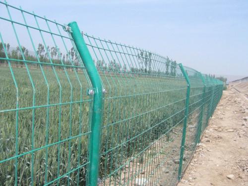 儋州双边护栏哪家好_想买销量好的海南双边护栏,就到海口万柏筛网