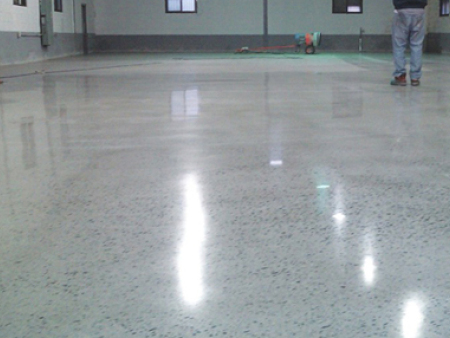 专业供应辽宁水性环氧树脂地坪就来浩森装饰工程